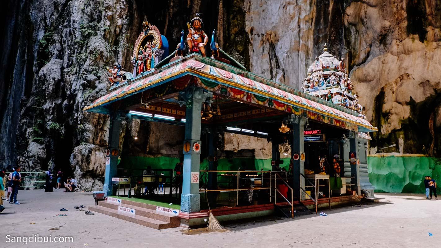 Khám phá hang động Batu Cave